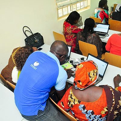TechHerNg collaborates with WikiLovesWomen on Training women on how to write on Wikipedia. 5